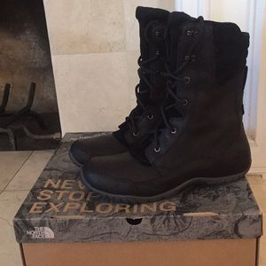 The North Face Boots Winter NWT